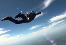 Skok ze spadochronem - co warto wiedzieć?