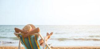 Co zabrać ze sobą na plażę